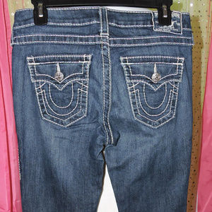 LIKE NEW TRUE RELIGION JEANS  SIZE 28 BOOT CUT